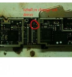 IC no carga iPhone 4